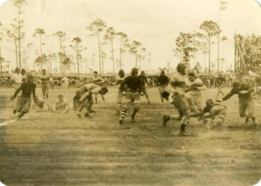 University of Miami vs. University of Havana football game, 25 November 1926. Courtesy of the University Archives, University of Miami Libraries, Coral Gables, Florida.