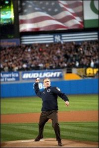 2001_World_Series_first_pitch