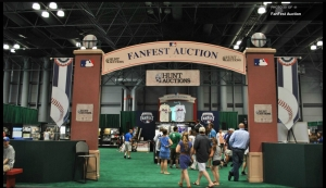 MLB All-Star FanFest, Hunt Auctions. Photo by MLB.