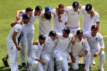 The England cricket team celebrate winning the recent Ashes series against Australia. Courtesy of Wikimedia Commons