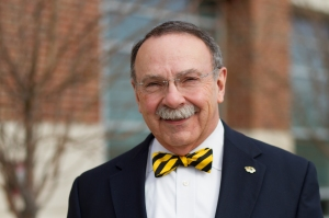 r-_bowen_loftin_outside_mizzou_arena