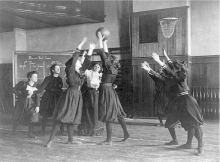 Western High School Girls' Basketball team, Washington, DC, 1899. (Image Courtesy Library of Congress Prints and Photographs Division).