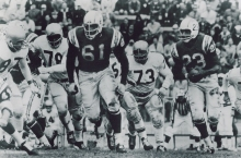 Ernie Barnes playing with the San Diego Chargers, 1961-1962. Courtesy of Wikimedia Commons.
