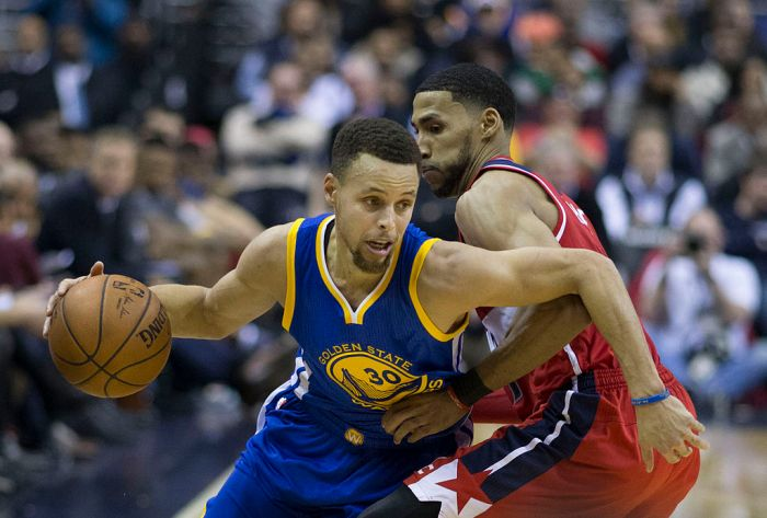 Stephen_Curry_vs_Washington_2016